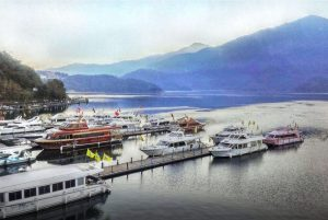 【遊湖船】由水社碼頭出發一票暢遊水社、玄光寺及伊達邵觀光勝地,一覽湖上風光。